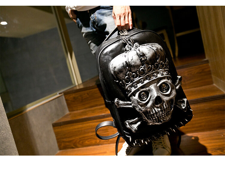 3d-Pu-Leather-Skull-Crown-Backpack-Youth-Fashion-School-Bags-Knapsack-For-Teenage-Boys-Bookbag-Zaino detail 5